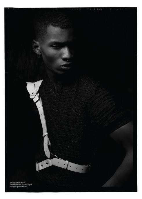 Black_White_Adonis_Bosso (3)