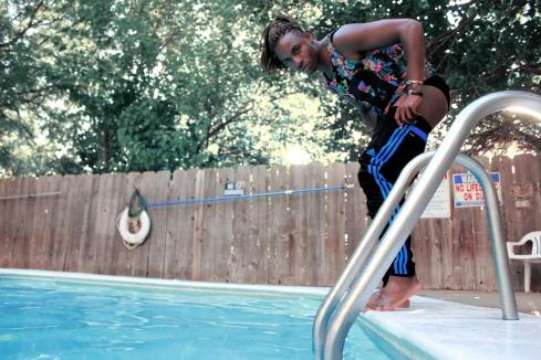 Swimming in September_004