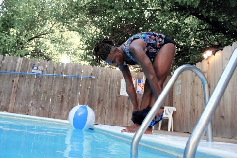 Swimming in September_005